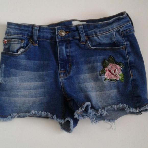 Hudson Jeans Other - Girls sz 16 Hudson Denim Shorts Embroidered Rose